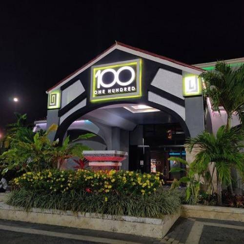 100 Montego Bay