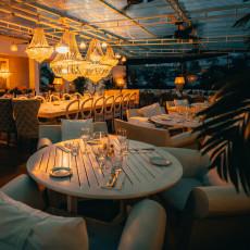 Big Fish Seafood Grill 12