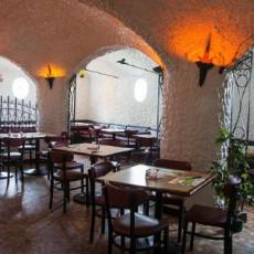 La Cueva Pizza 3