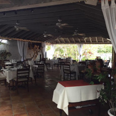 Tom Moore's Tavern 5