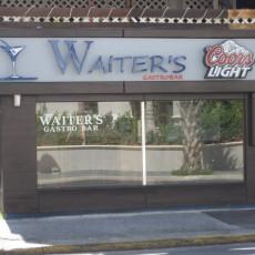 Waiter's 3
