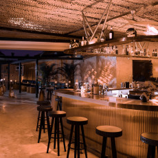 Yopo Tiki Bar 8